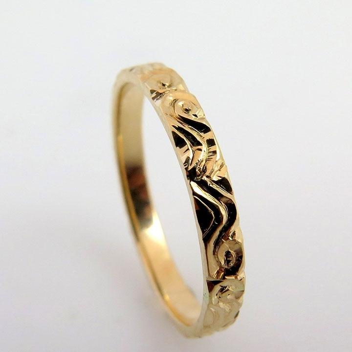 טבעת חרוטה מזהב ורוד