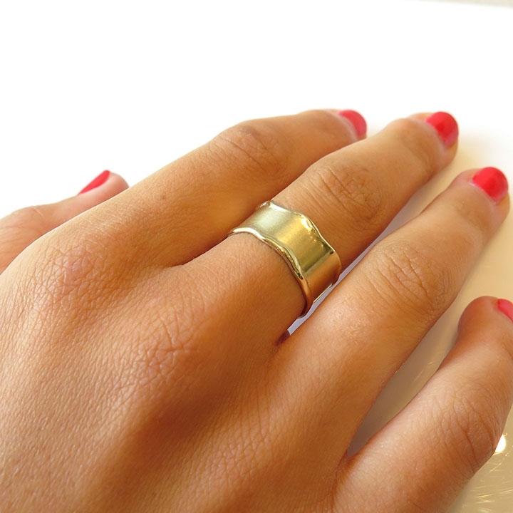 טבעת נישואין גלית